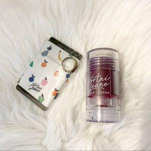 •nwt• Kortni Jeane Dragon tint & thread wallet